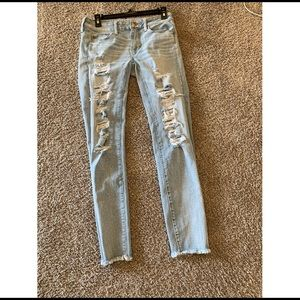 American Eagle Frayed Jeans size 4